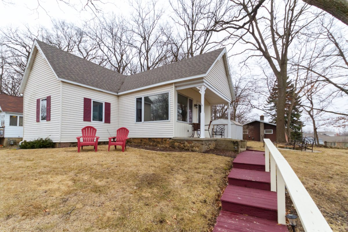 132 Richter Court, Twin Lakes, WI 53181