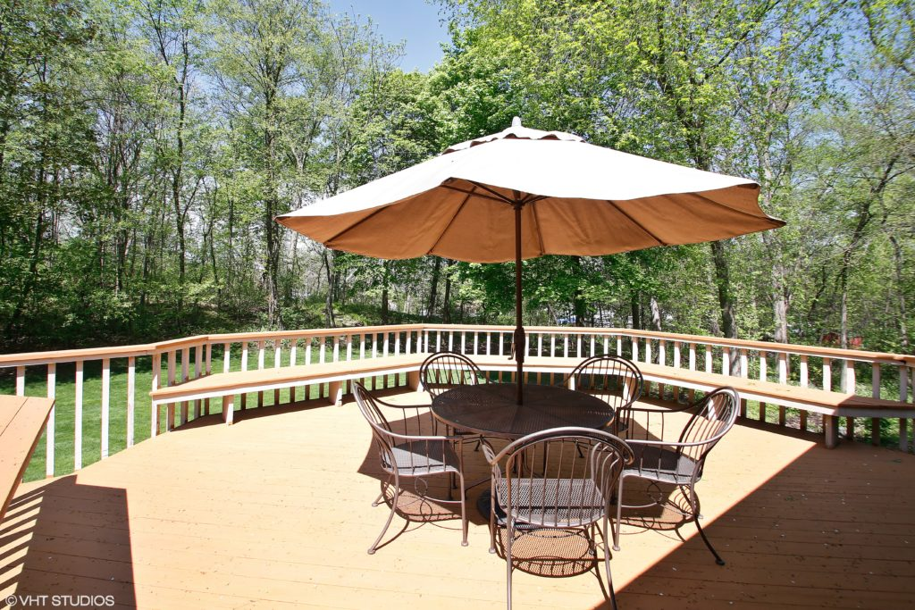 1501Oak_backyardpatio_HiRes