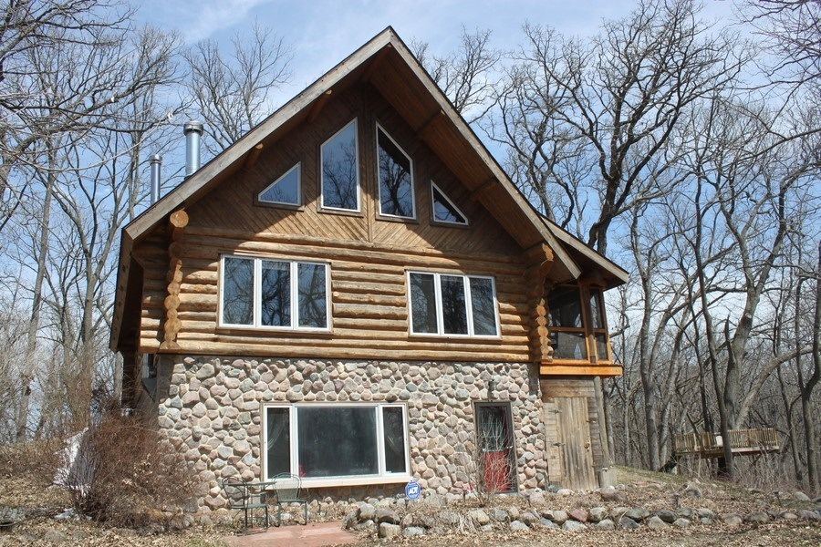 2501 Back Road, Lyons, WI 53105